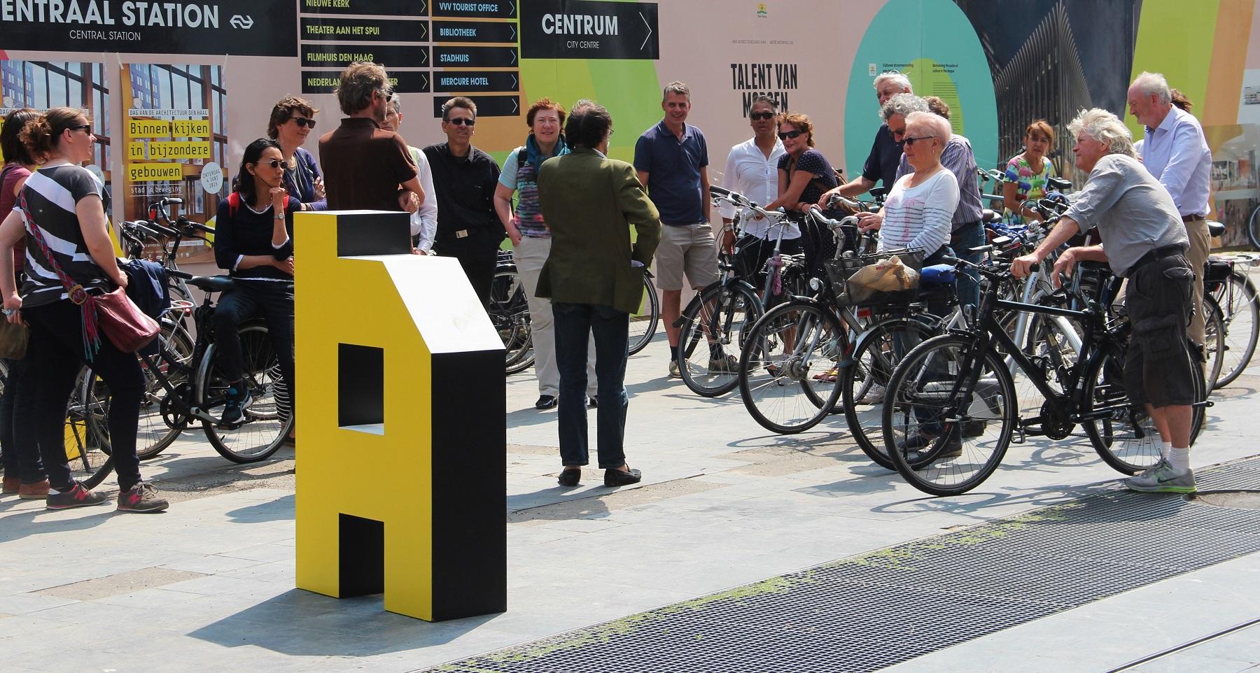Fietstocht op Dag van de Architectuur Den Haag DvdA