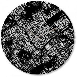 klok met kaart van Den Haag